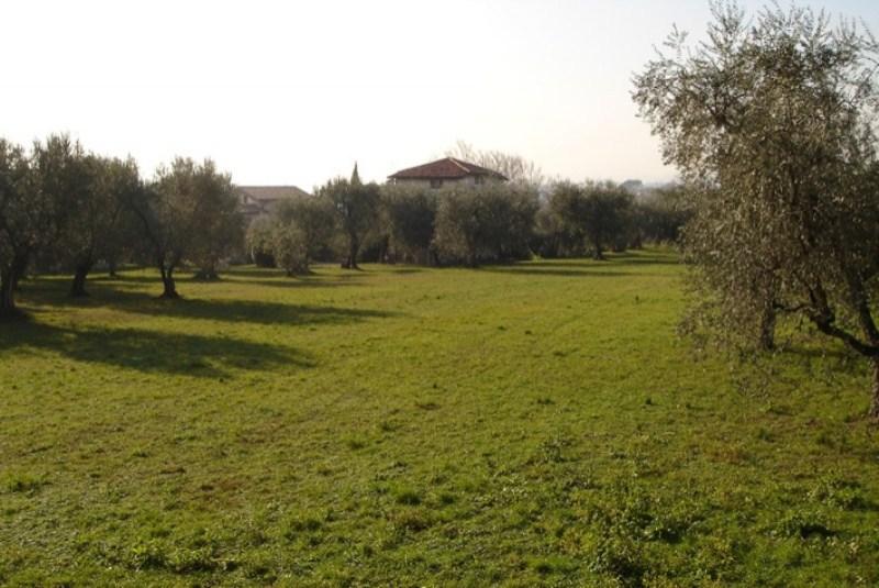 Grundstücke in Manerba del Garda