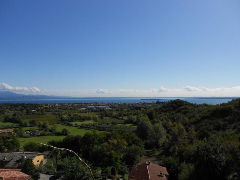 Villa mit Seeblick zum Verkaufen in Soiano
