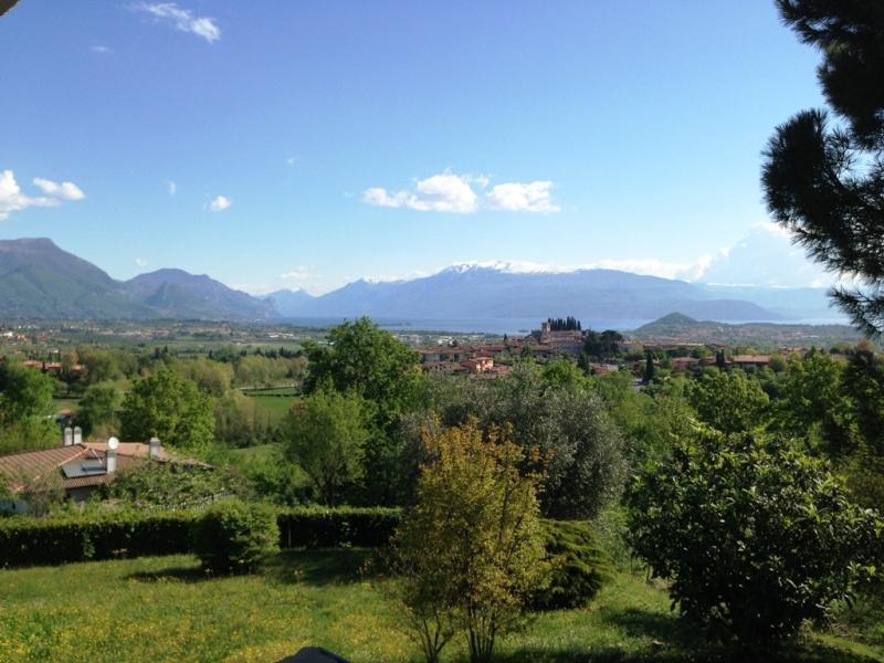 Villa mit Seeblick zum Verkauf in Soiano (Ref. 112)