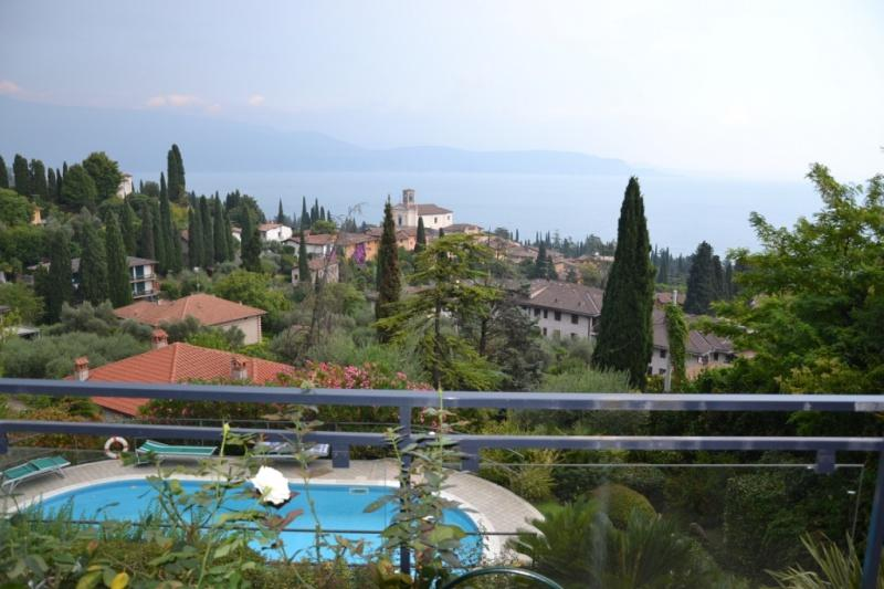Vierzimmerwohnung in Gardone Riviera