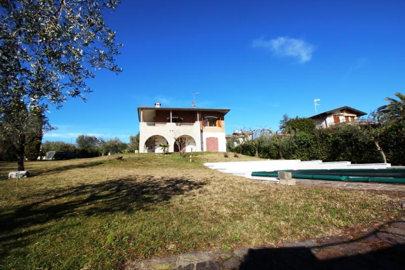 Villa zum Verkauf in Moniga del Garda (Ref. 191)