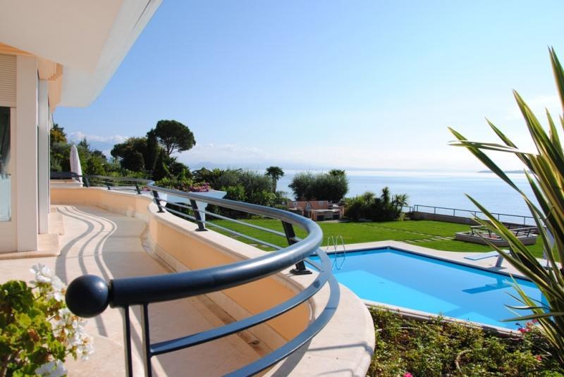 Villa zum Verkauf in Padenghe sul Garda (Ref. 198)