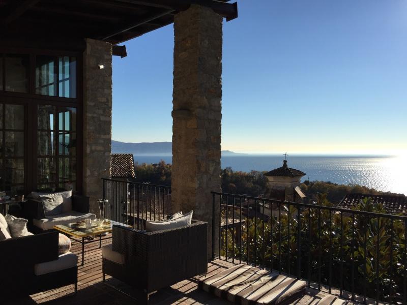 Limonaia zum Verkauf in Gardone Riviera