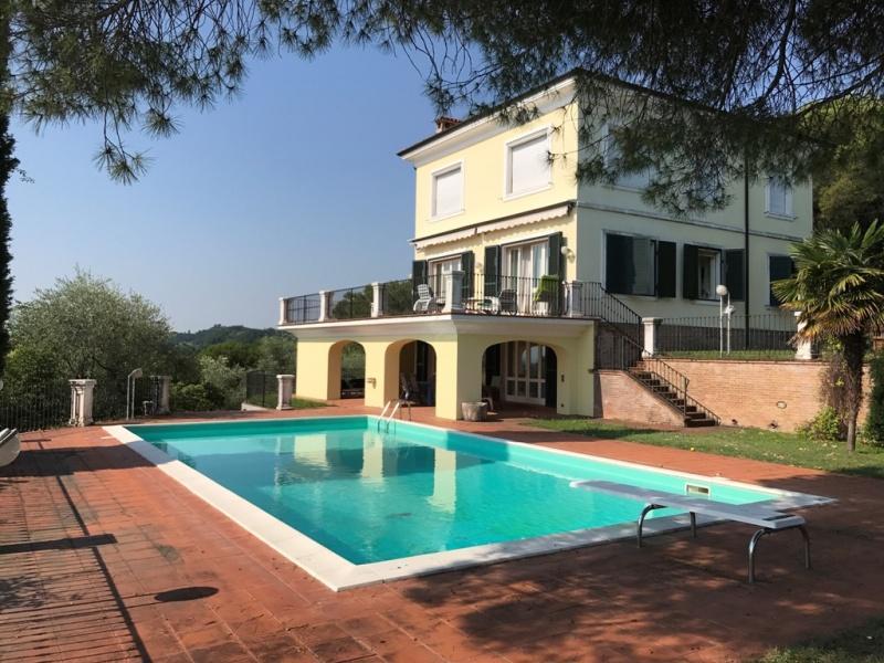 Villa zum Verkauf in Salò (Ref. 220)
