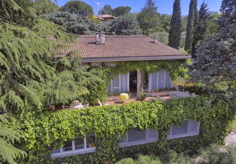 Villa zum Verkauf in Manerba del Garda (Ref. 240)