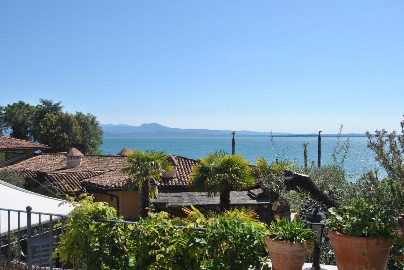 Villa zum Verkauf in Padenghe sul Garda