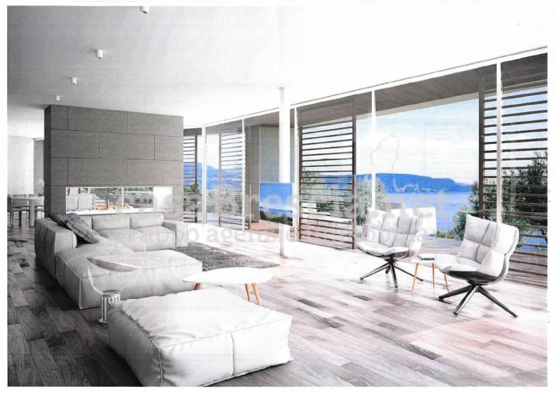 Baugrundstück mit Seeblick zum Verkauf in Gardone Riviera
