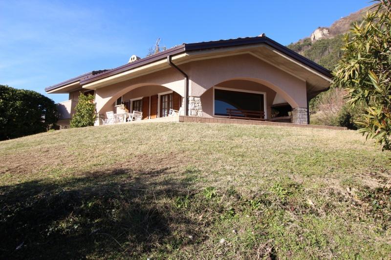 Villa zum Verkauf in Salò (Ref. 253)