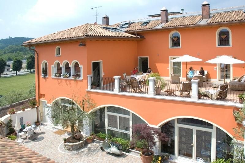 Bed & Breakfast a Raffa nella Valtenesi